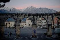 300px-Sulmona_aqueduct